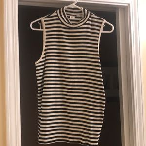 GAP Sleeveless Top